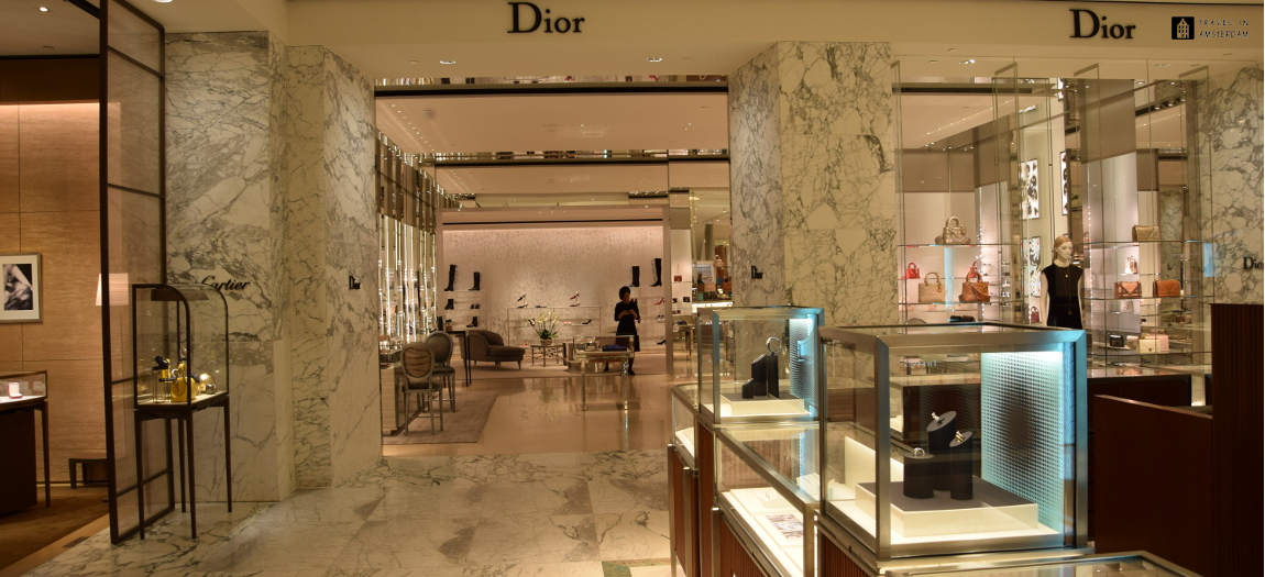Dior store in store in The Bijenkorf Amsterdam