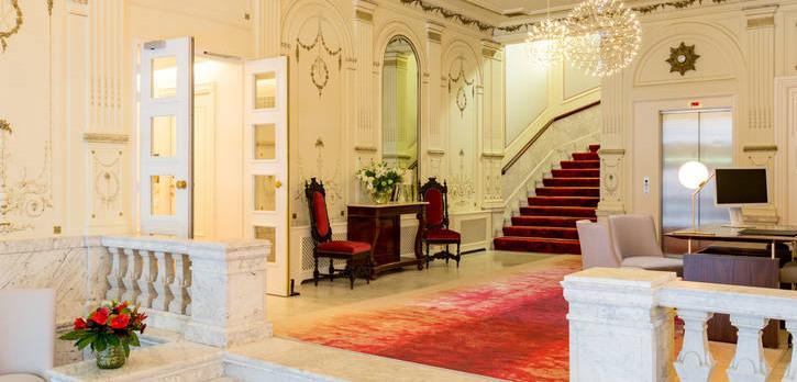 Reception area of Hotel Doelen