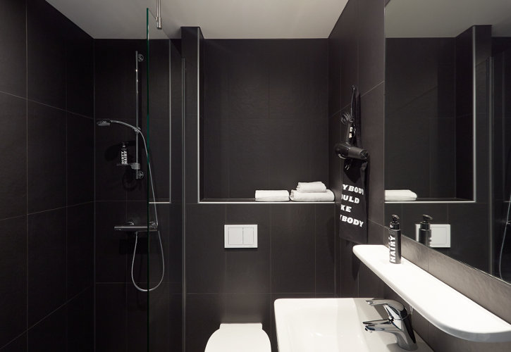 Bathroom of The Student City Hotel Amsterdam City
